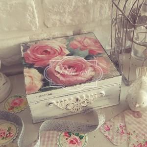 Róże Reliefy Szkatułka