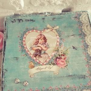 Dziewczynka retro szkatułka