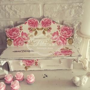 Półka z wieszakami Różyczki Shabby
