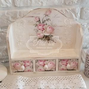 Różyczki półka z 3 szufladkami shabby