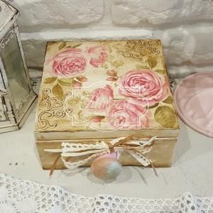 06 Róże, groszki szkatułka
