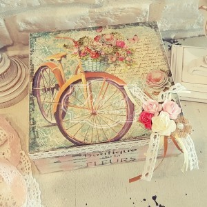 104 Rower i kwiaty Duża Szkatułka