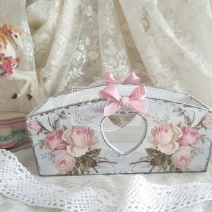 191 Różana skrzynka, tacka z sercami Shabby Chic