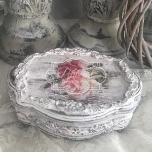 218 Piękna Szkatułka z różami Shabby Chic