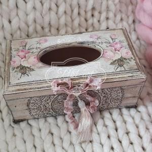 258 Chustecznik, pudełko na chusteczki róże shabby