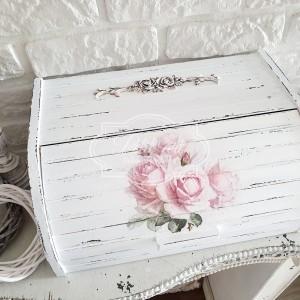 286 Duży drewniany chlebak Shabby chic róże