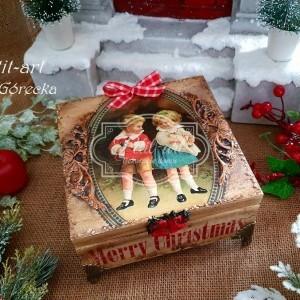 302  Świąteczne pudełko, szkatułka na prezent retro