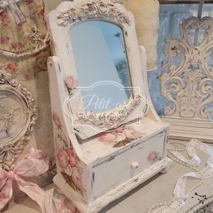 327 Piękna Toaletka z reliefami Róże